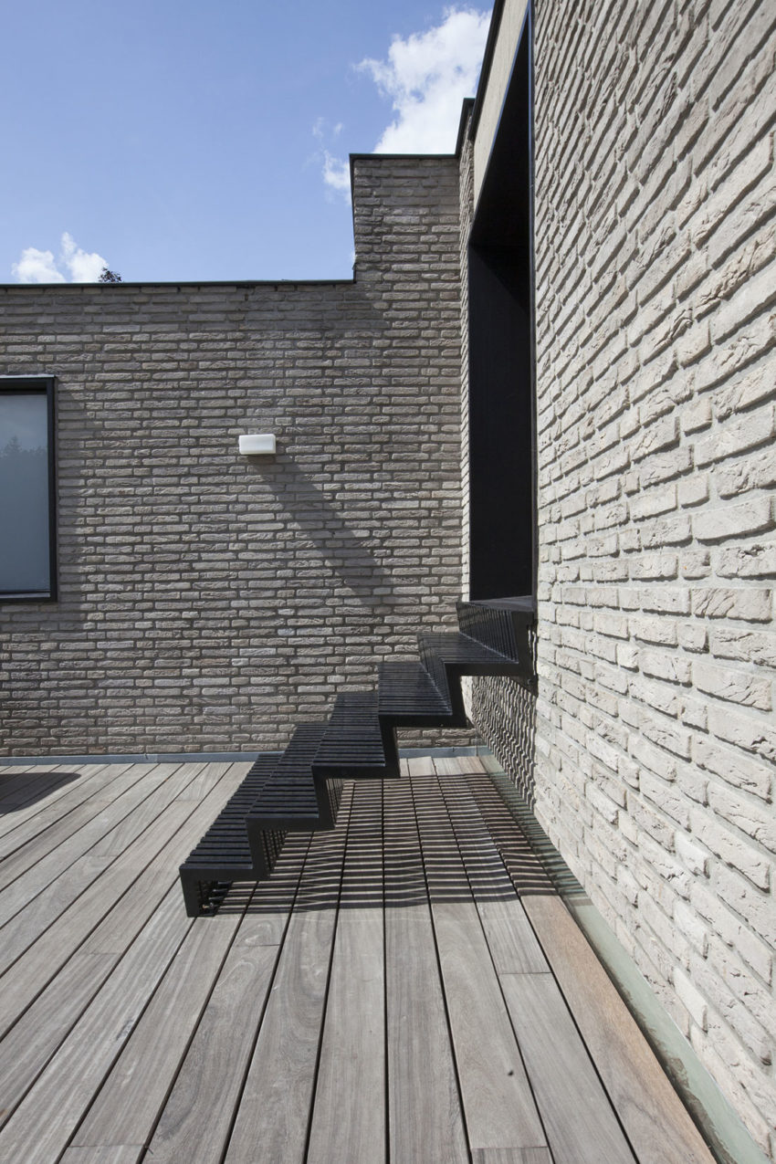 House N Hasselt by MASSARCHITECTS (4)
