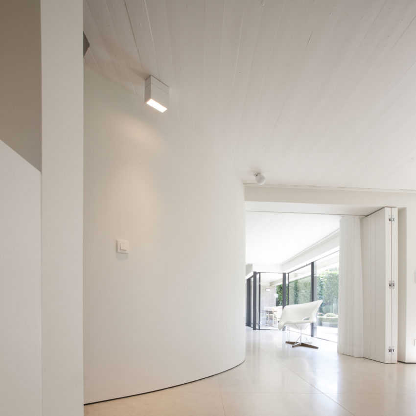 House N Hasselt by MASSARCHITECTS (5)