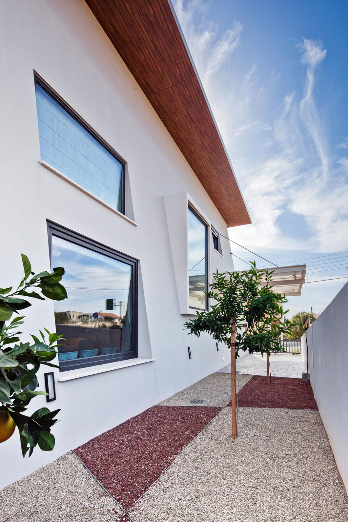 House in Strovolos by Demetris Ioannou Architecture (3)