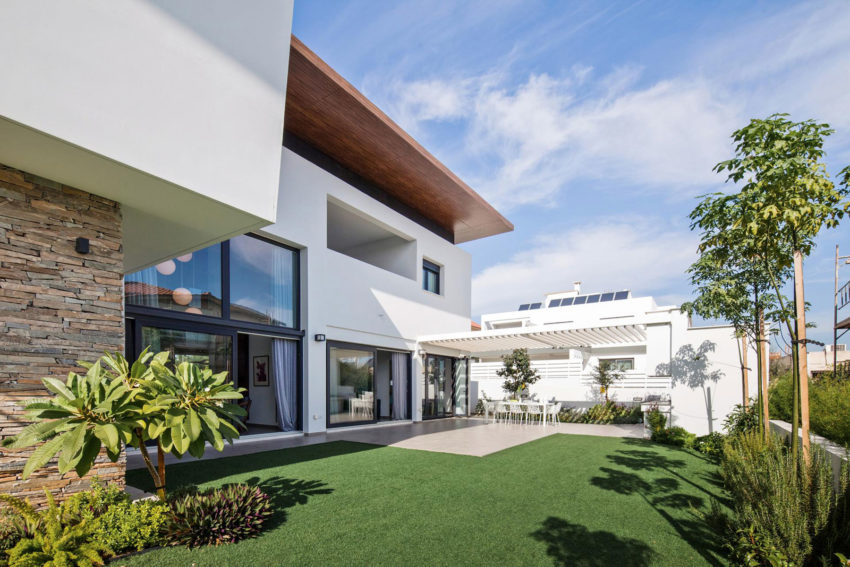 House in Strovolos by Demetris Ioannou Architecture (5)