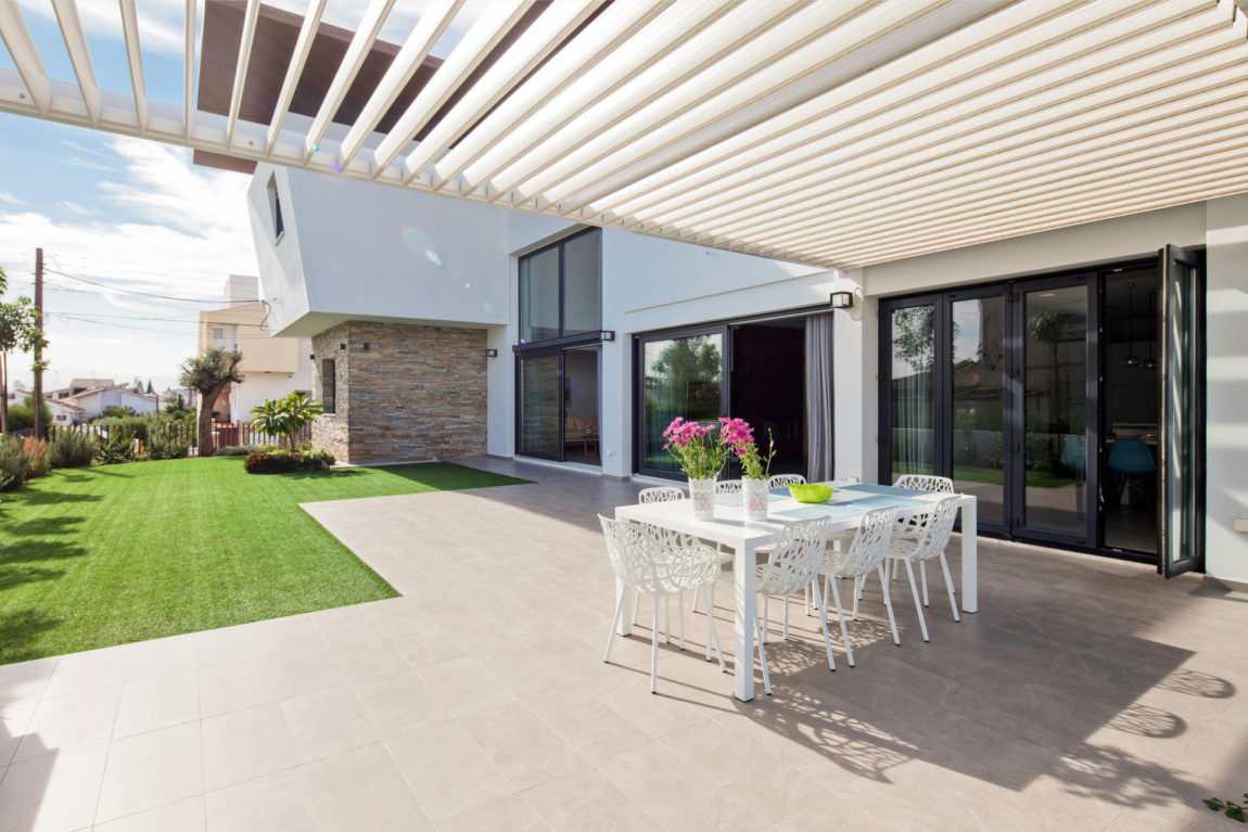 House in Strovolos by Demetris Ioannou Architecture (7)