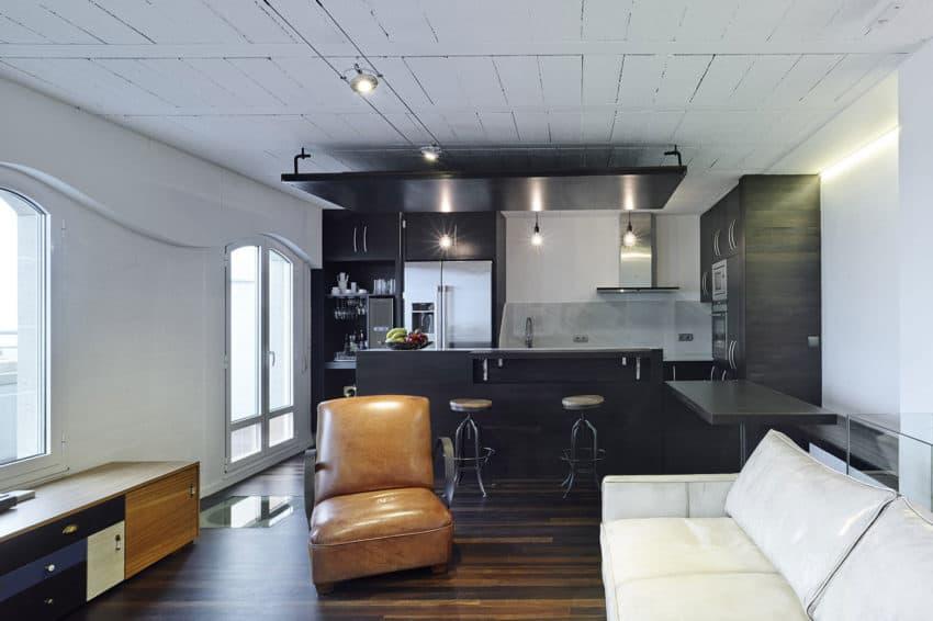 Refurbishment of Duplex by Ameneiros Rey HH Arquitectos (5)