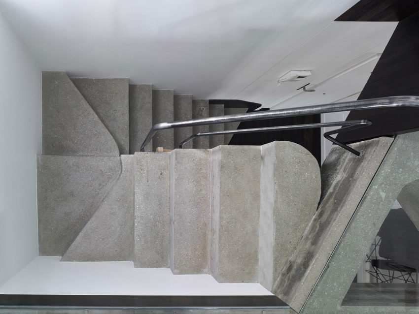 Refurbishment of Duplex by Ameneiros Rey HH Arquitectos (7)