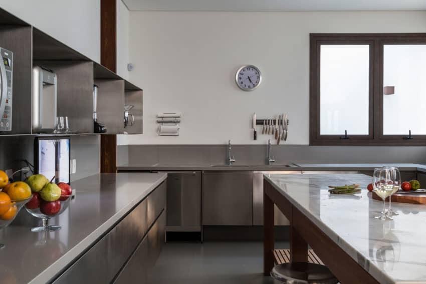 Residência MO by Reinach Mendonça Arquitetos Associados (11)