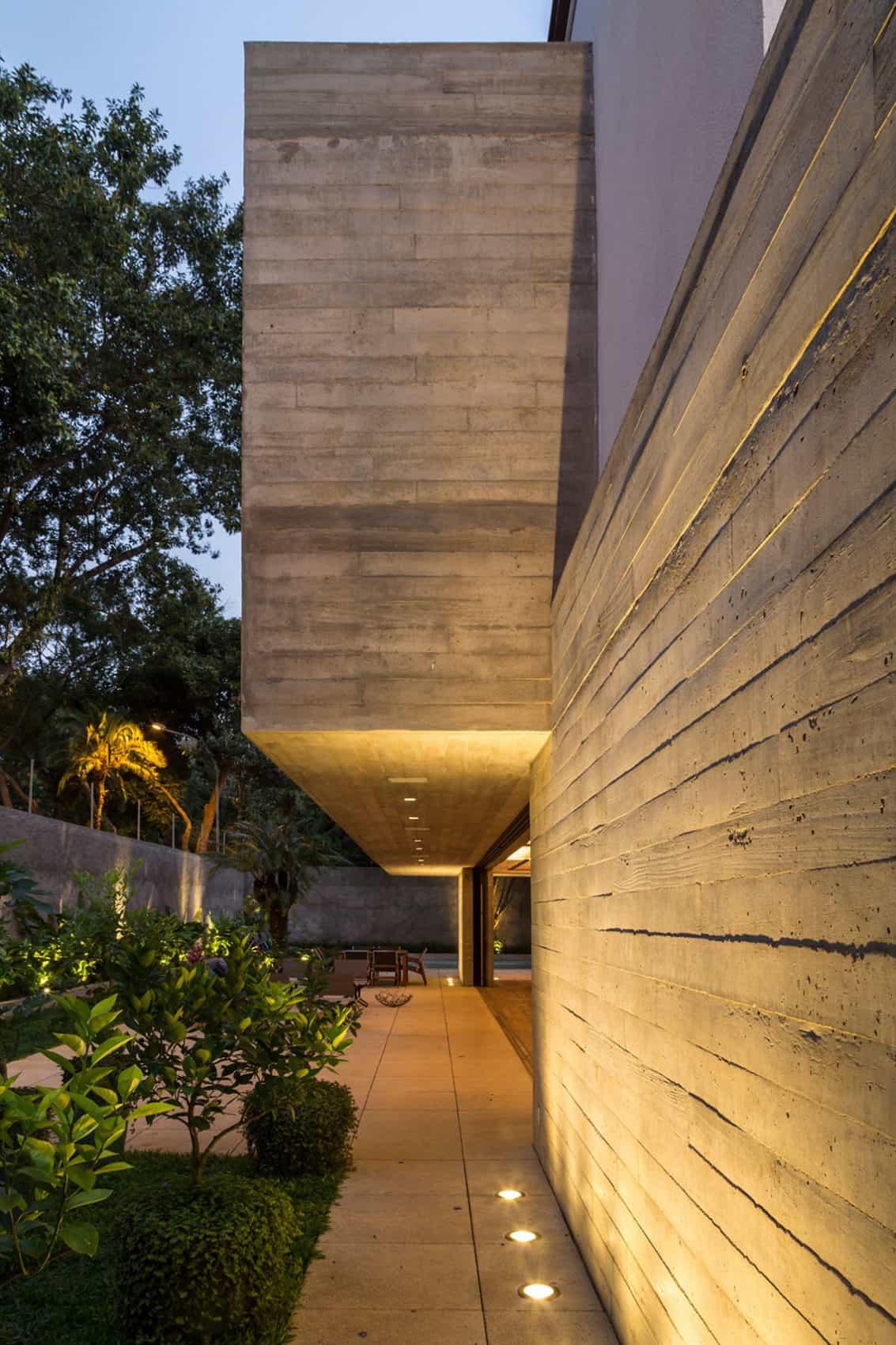 Residência MO by Reinach Mendonça Arquitetos Associados (14)