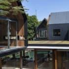 Svarga Residence by RT+Q Architects (3)
