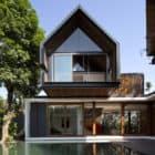 Svarga Residence by RT+Q Architects (5)