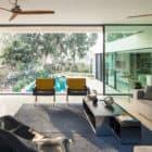 TV House by Pazgersh arch & Michal Keinan Sinai (5)