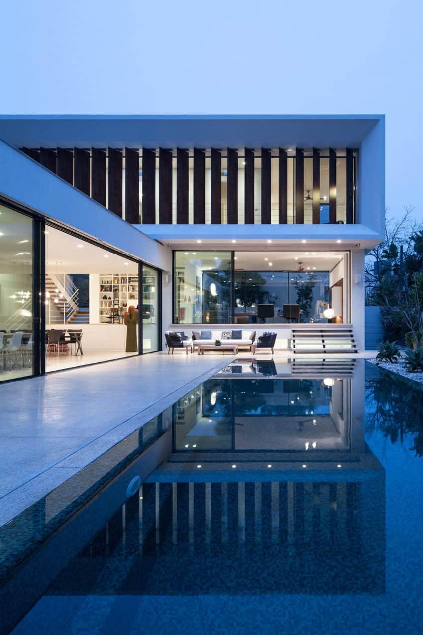 TV House by Pazgersh arch & Michal Keinan Sinai (16)