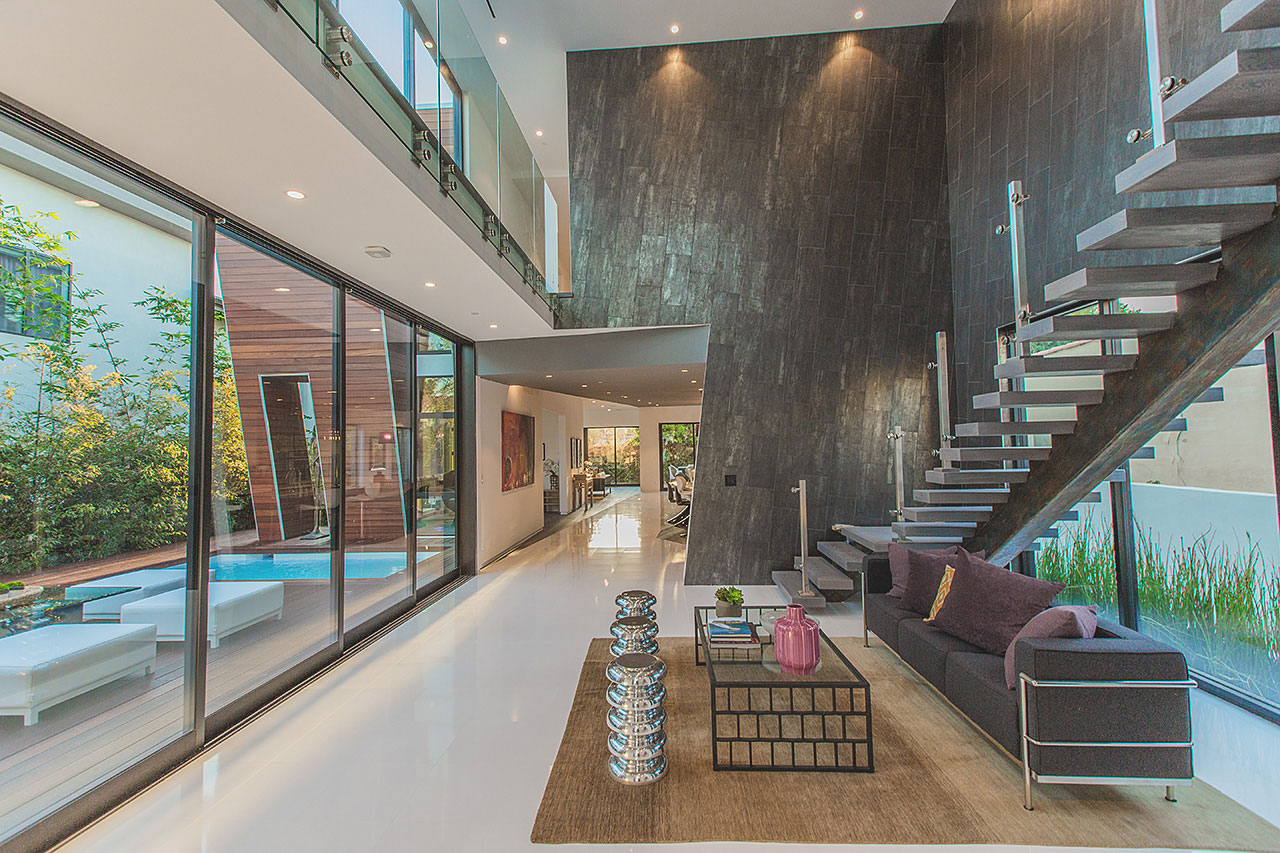 349 S Mansfield Avenue by Apel Design
