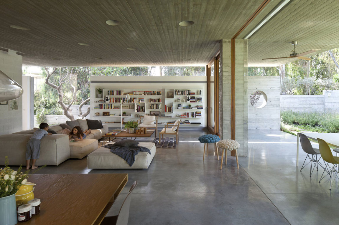 A House for an Architect by Pitsou Kedem Architects (10)
