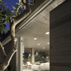 A House for an Architect by Pitsou Kedem Architects (25)