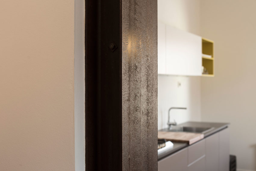 Apartment by the Tuscan Coast by Carlo Pecorini (7)
