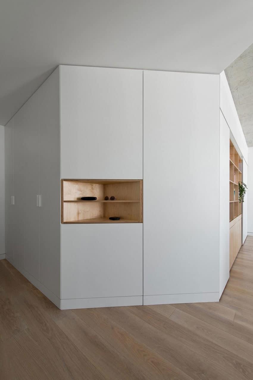 Apartment in Vilnius by Normundas Vilkas (2)