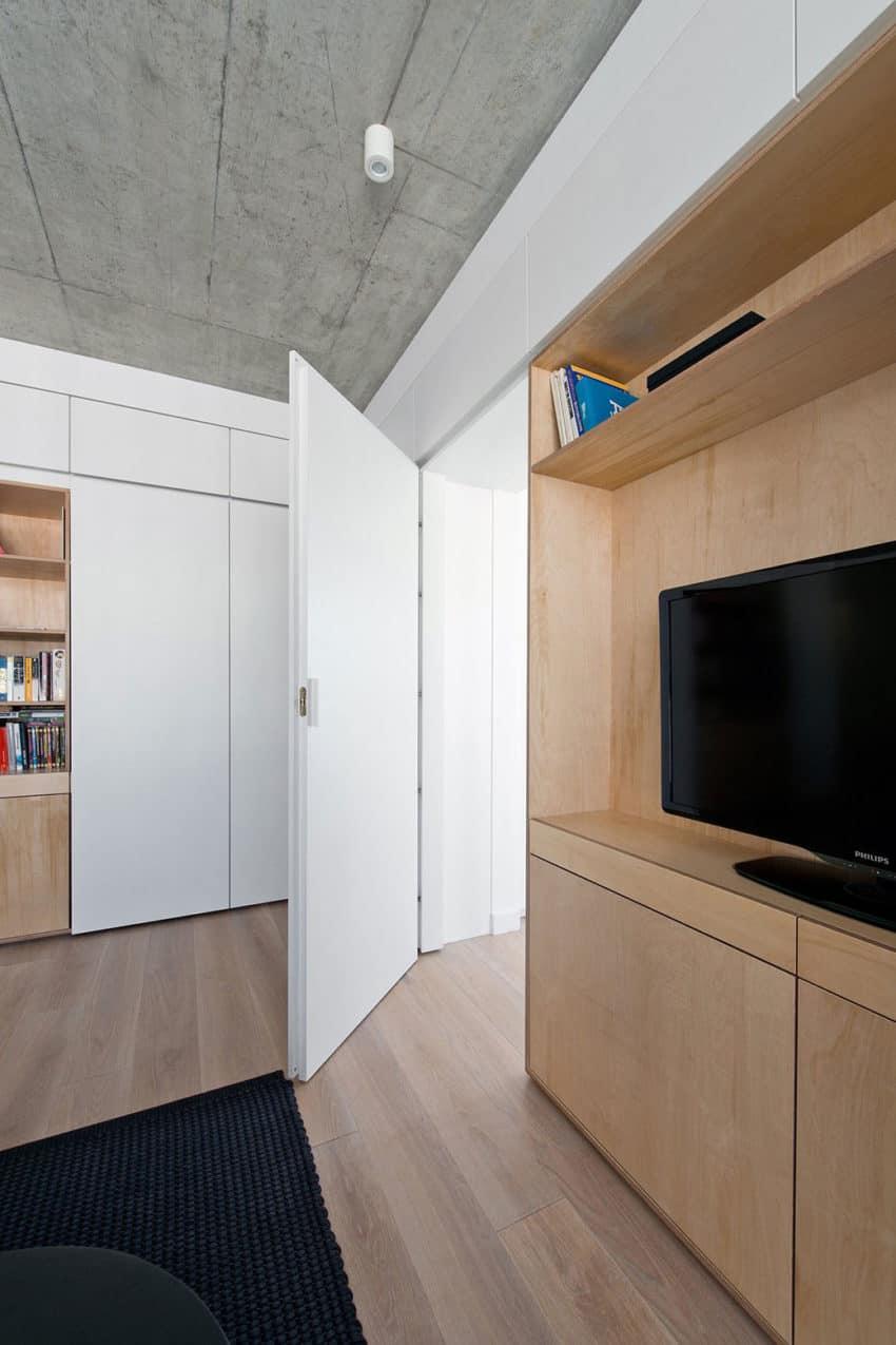 Apartment in Vilnius by Normundas Vilkas (10)