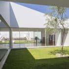 Casa Patios by Riofrio+Rodrigo Arquitectos (4)