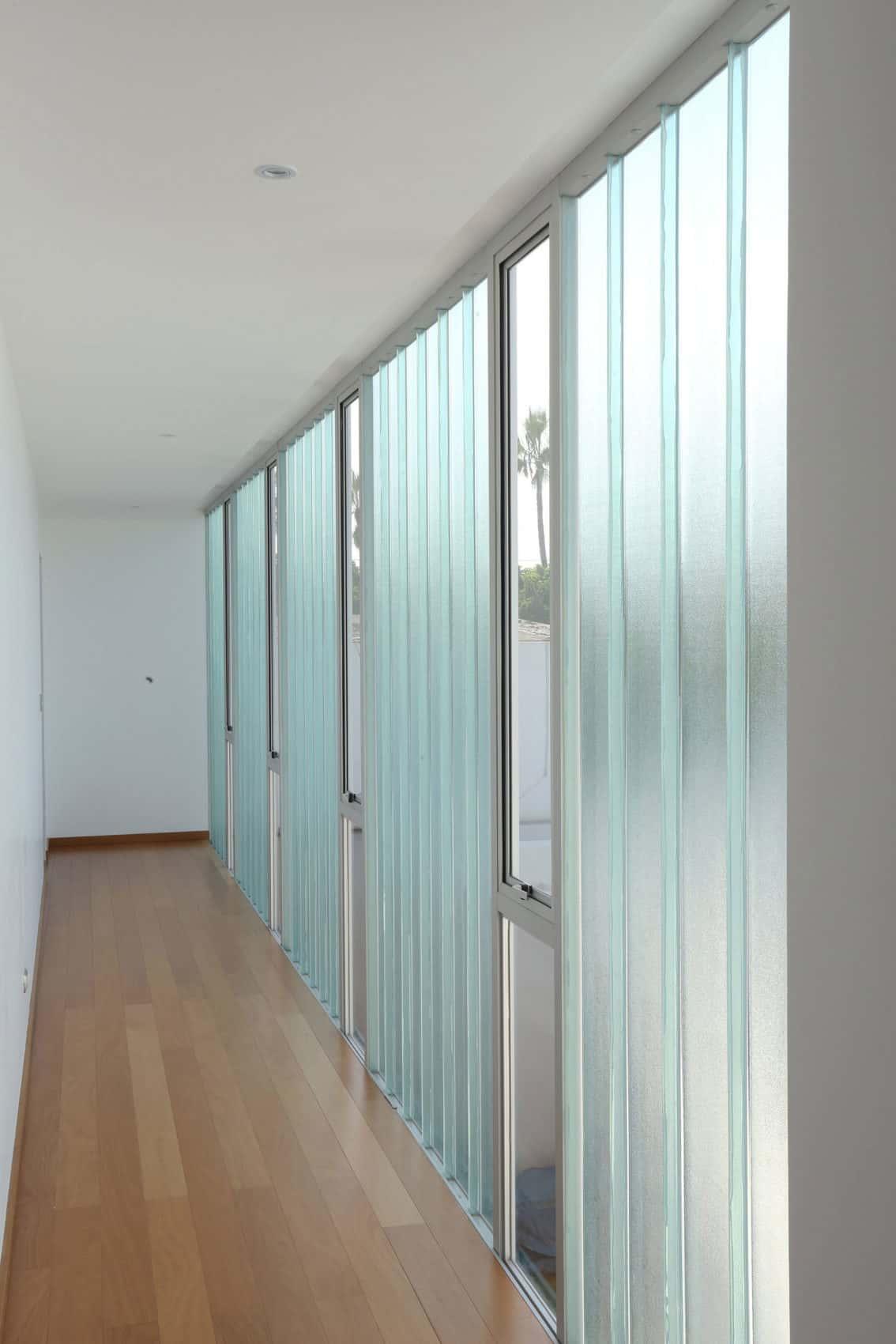Casa Patios by Riofrio+Rodrigo Arquitectos (10)