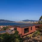 Casa de Seixas by Castro Calapez Arquitectos (1)