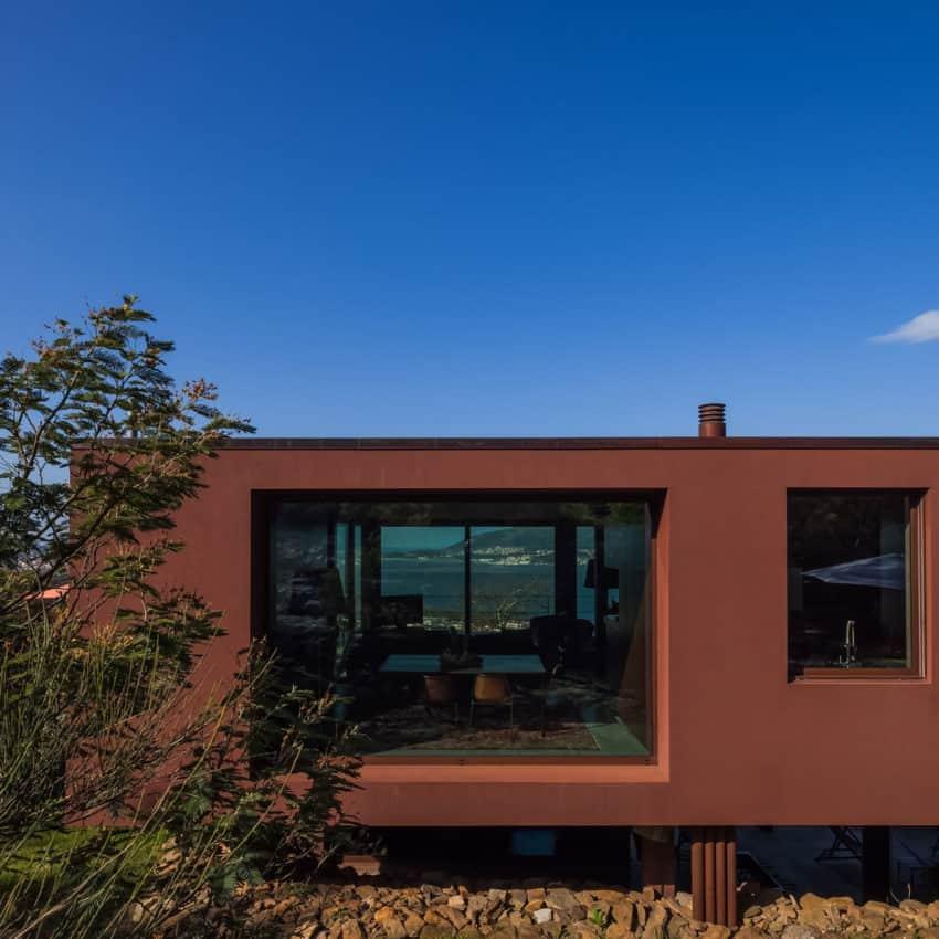 Casa de Seixas by Castro Calapez Arquitectos (13)
