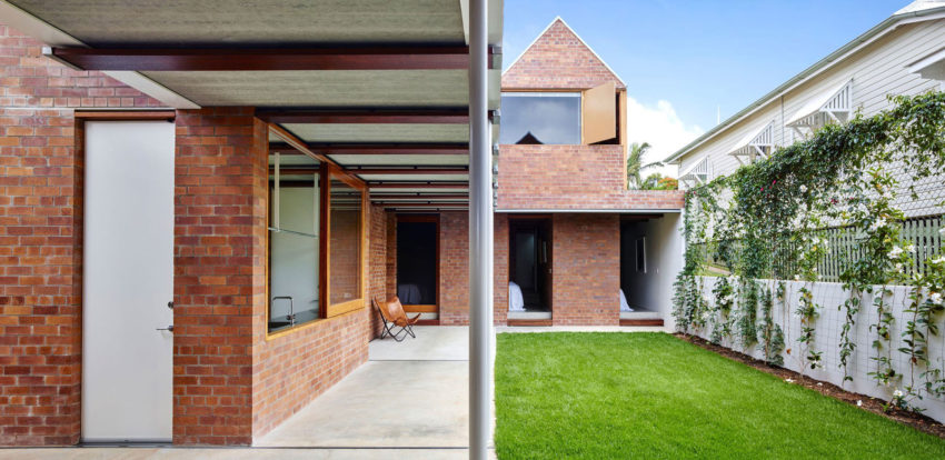 Christian Street House by James Russell Architect (4)