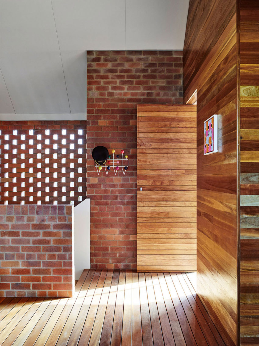 Christian Street House by James Russell Architect (10)