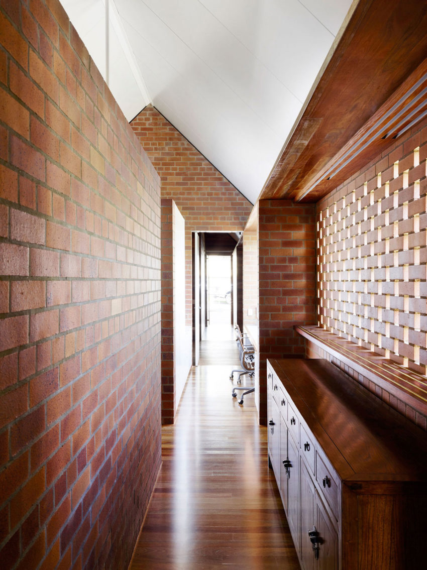 Christian Street House by James Russell Architect (11)