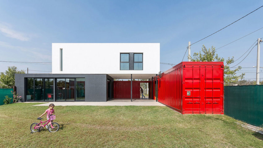 Container House by José Schreiber Arquitecto (8)