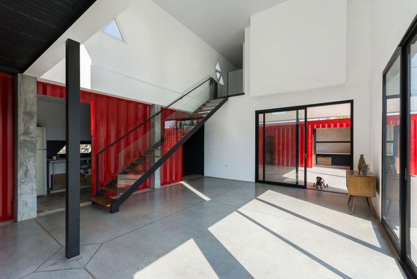 Container House by José Schreiber Arquitecto (15)
