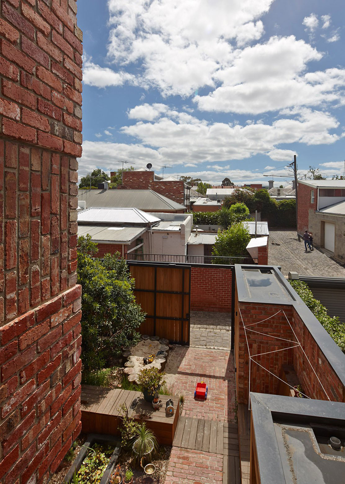 Cubo House by PHOOEY Architects (1)