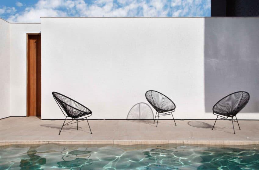 FV House by Studio Guilherme Torres (5)