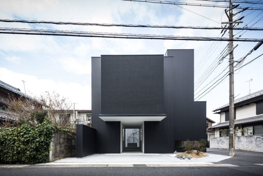 Framing House by FORM | Kouichi Kimura Architects (5)