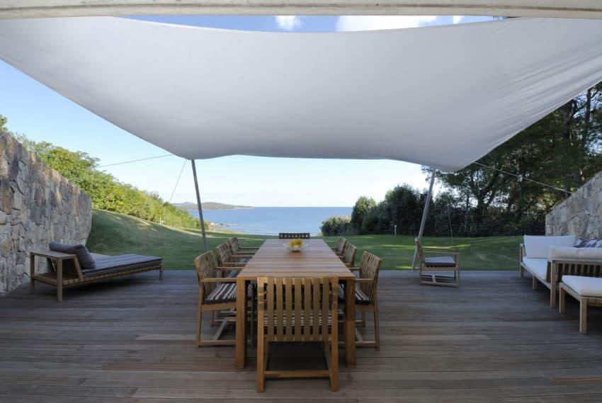 Дом холм на Изумрудном берегу   House in Sardinia 06 850x569