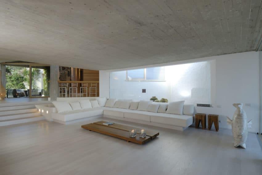Дом холм на Изумрудном берегу   House in Sardinia 07 850x569