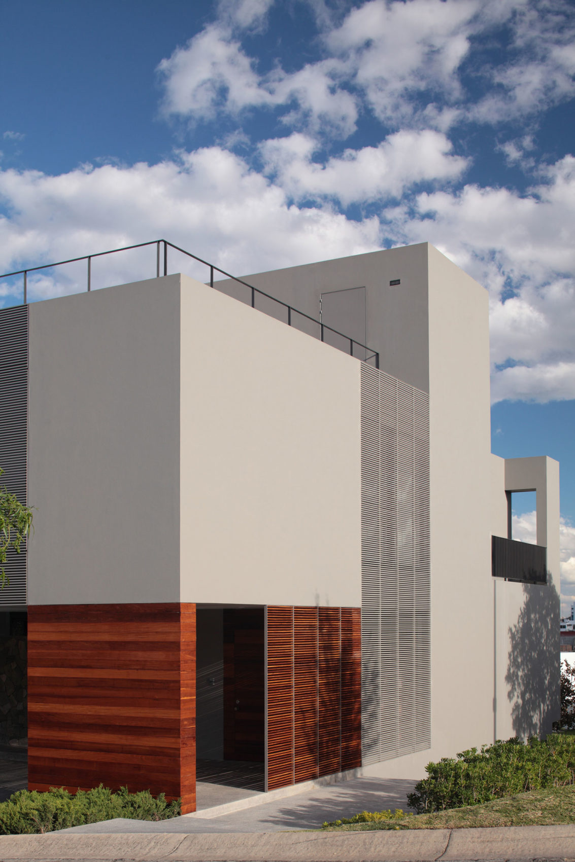 IC House by Alexanderson Arquitectos (3)