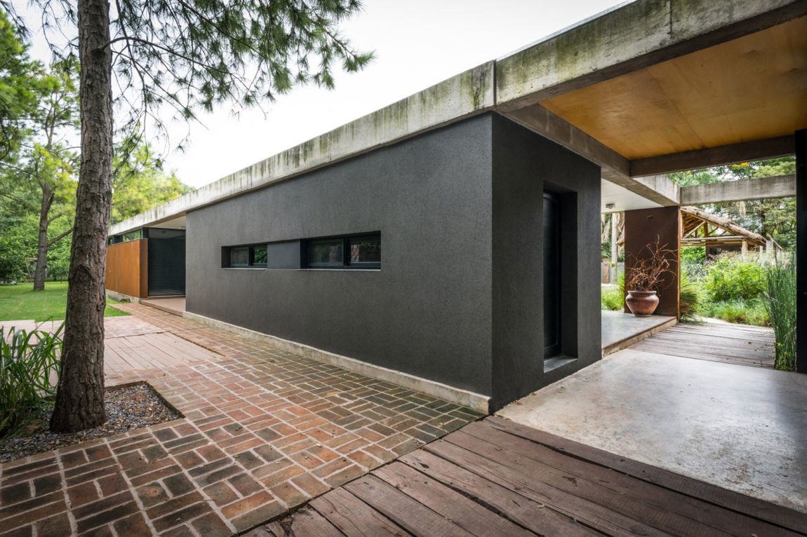Linear House by Roberto Benito (5)