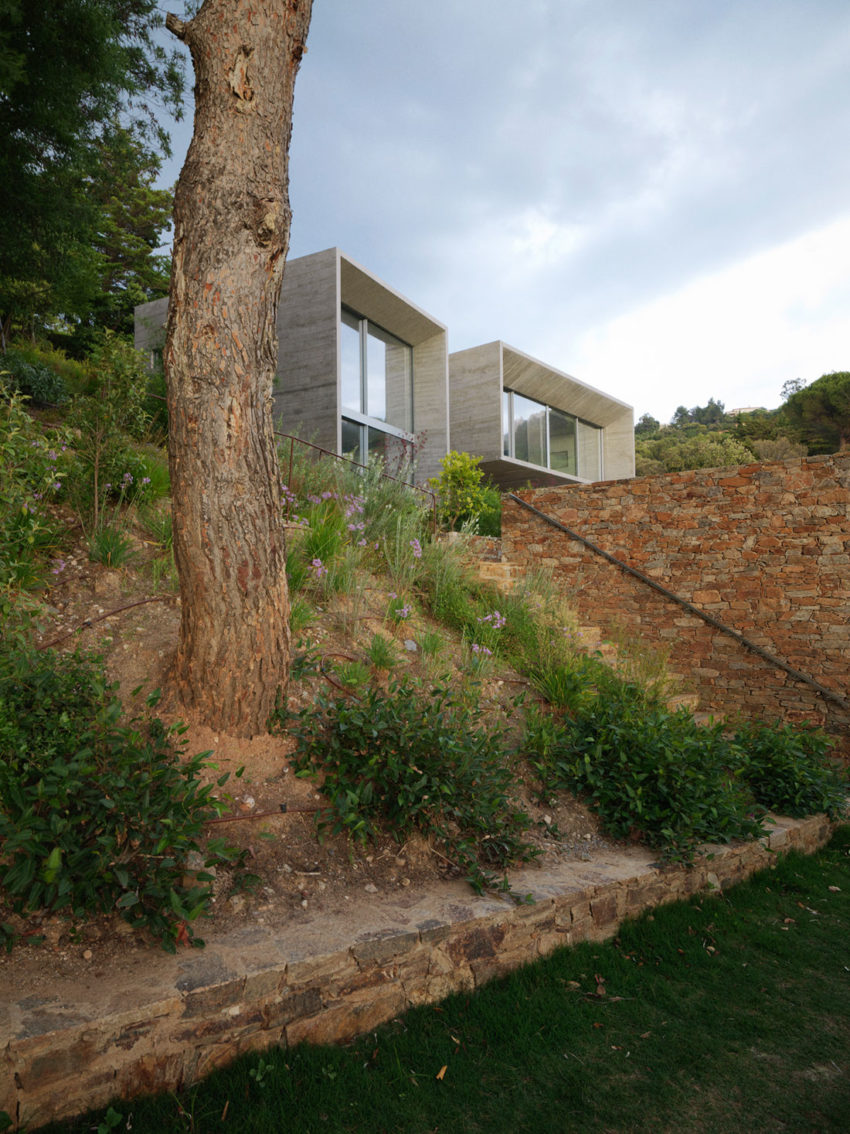 Maison Le Cap by Pascal Grasso Architectures (6)