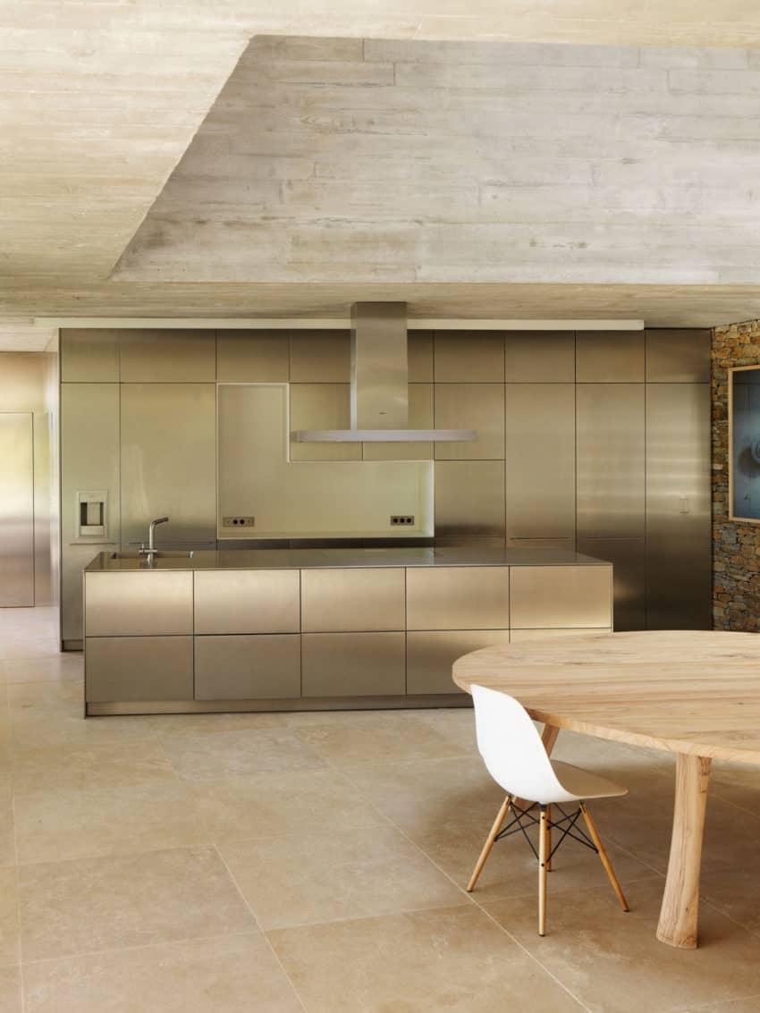 Maison Le Cap by Pascal Grasso Architectures (13)