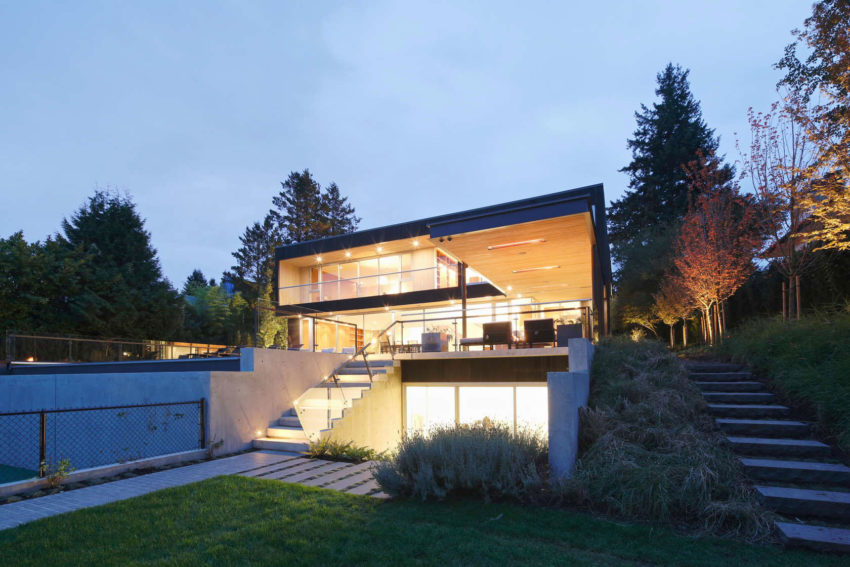Point Grey Residence by Evoke (16)