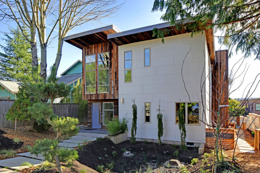 Sustainable House by Dwell Development (1)