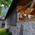 Alpine Barn Apartment by OFIS Arhitekti (4)