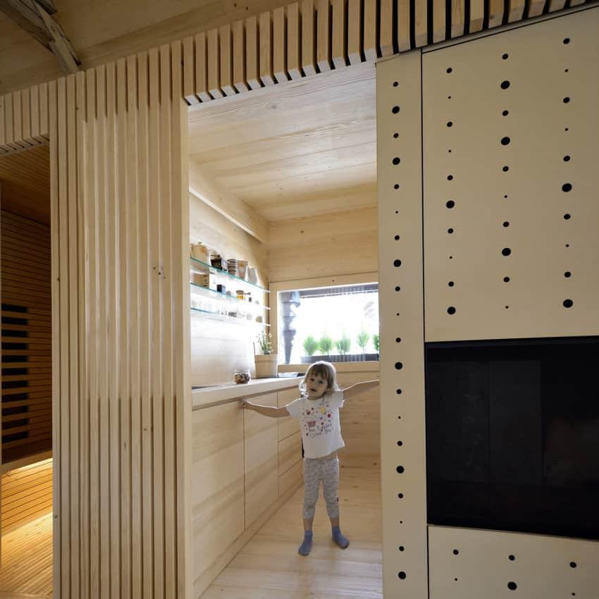 Alpine Barn Apartment by OFIS Arhitekti (12)
