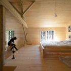 Alpine Barn Apartment by OFIS Arhitekti (18)