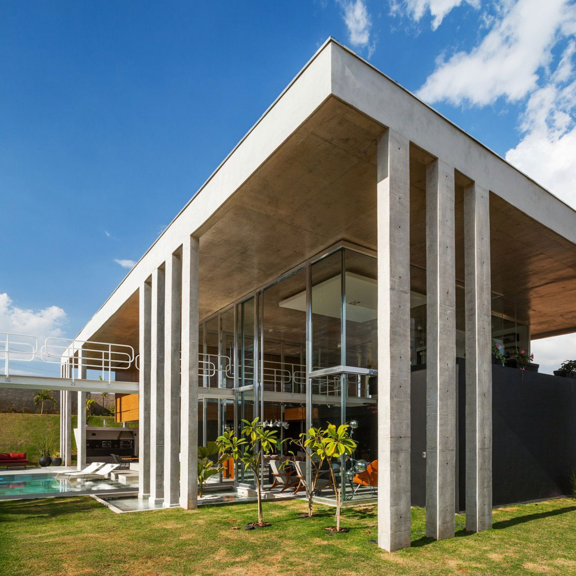 Botucatu House by FGMF Arquitetos (2)