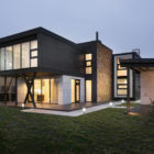 Buddy's House by Sergey Makhno Architect (17)