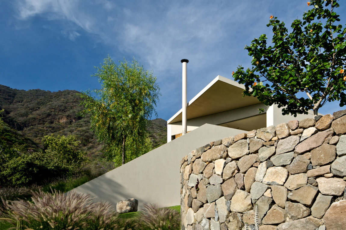 Casa del Lago by Juan Ignacio Castiello Arquitectos (4)