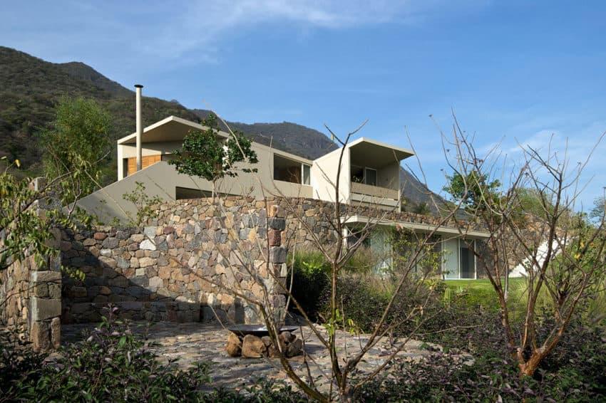 Casa del Lago by Juan Ignacio Castiello Arquitectos (8)