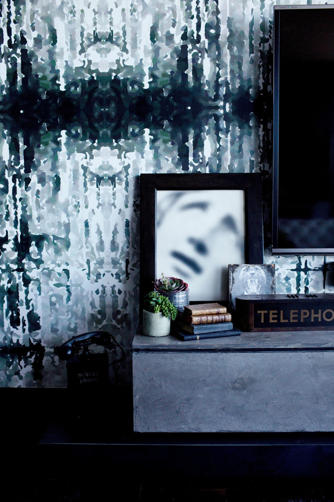 Gothic Glam Loft by BAM Design Lab (10)