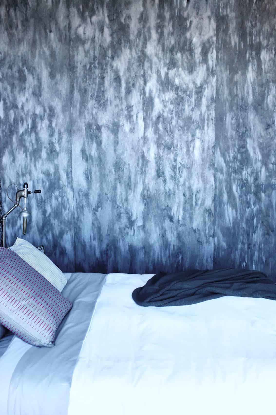 Gothic Glam Loft by BAM Design Lab (23)