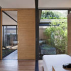 House with Four Courtyards by Andrés Stebelski Arq (17)