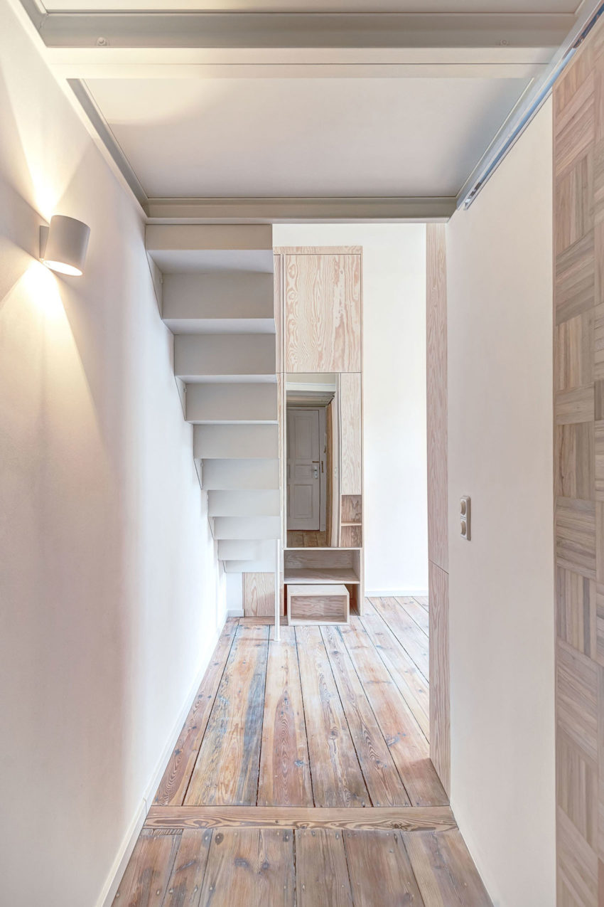 Micro-Apartment in Berlin by spamroom & JohnPaulCoss (1)
